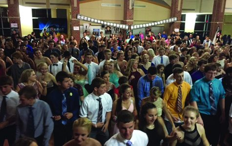 North Star students do a line dance together during the Homecoming Dance on Saturday, Oct. 10. The night's theme was Hollywood Nights. Photo by GG Staff